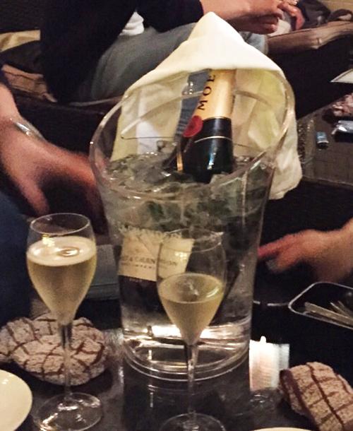 シャンパン-moet