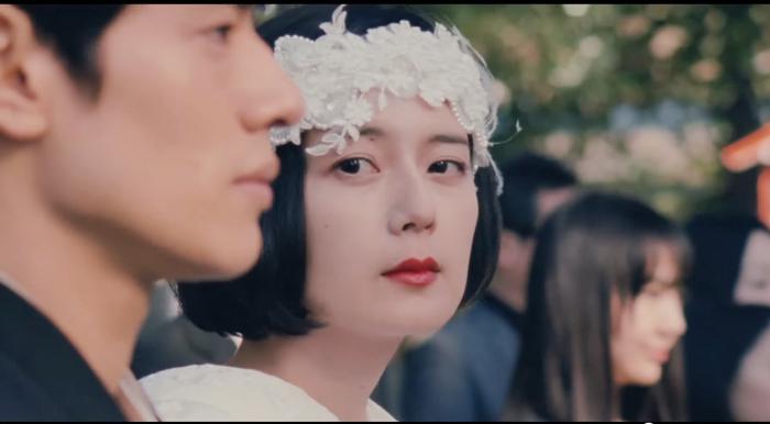 菊池亜希子-ウエディングドレス姿-グッドストライプス