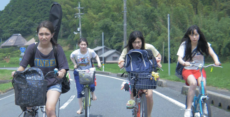 「私たちのハァハァ」場面写真-サイクリング
