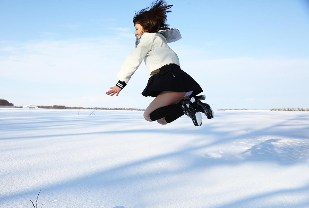 西条美咲-SNOW-KINGDOM-雪-ジャンプ