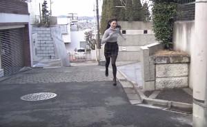 荒井つかさ-全力坂-成城三丁目の坂