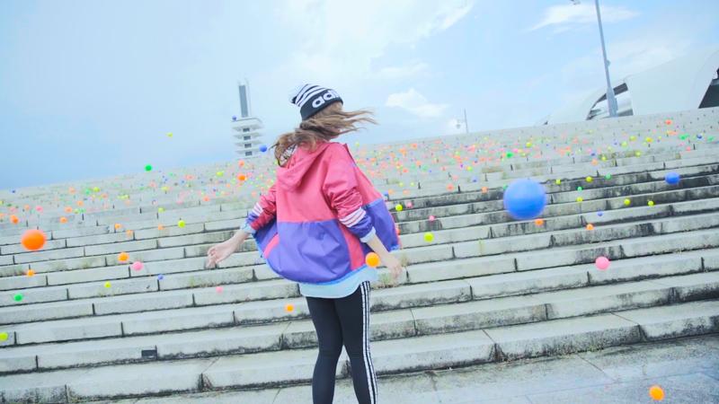 池田エライザ-階段逆走