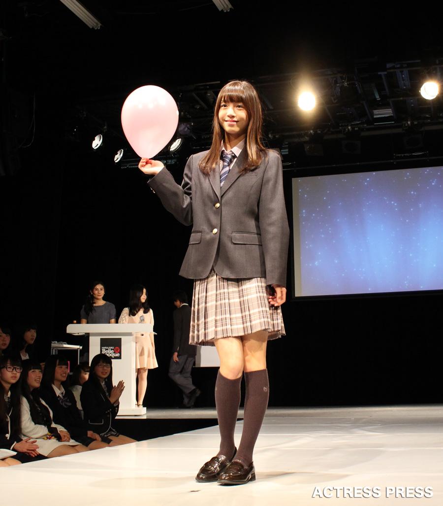 山上裕梨奈-CONOMi制服アワード2016風船