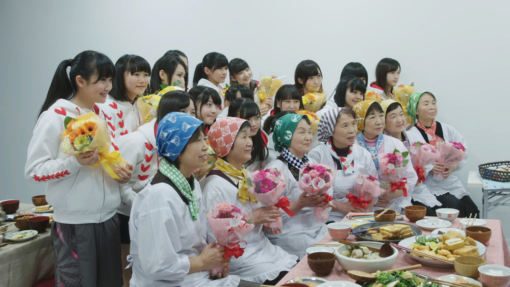 NGT48-新潟米コシヒカリ記念撮影