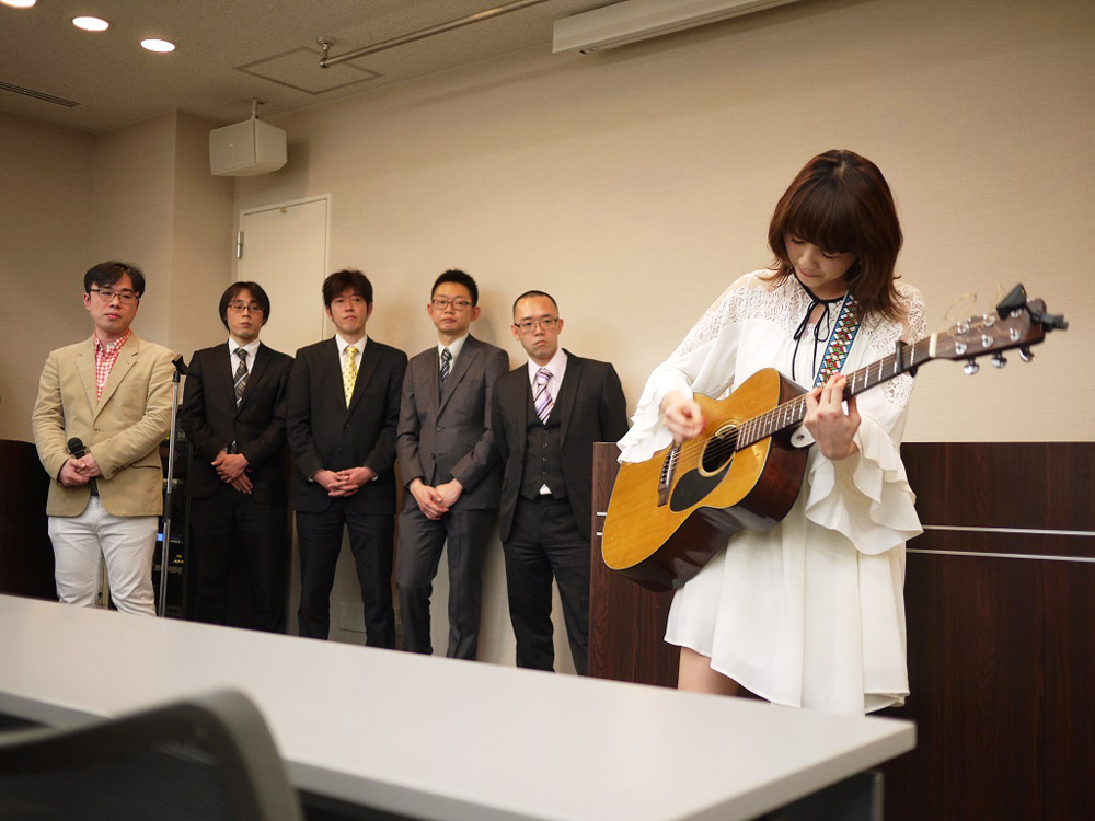 Saku-ビリギャル坪田塾-サプライズ歌唱
