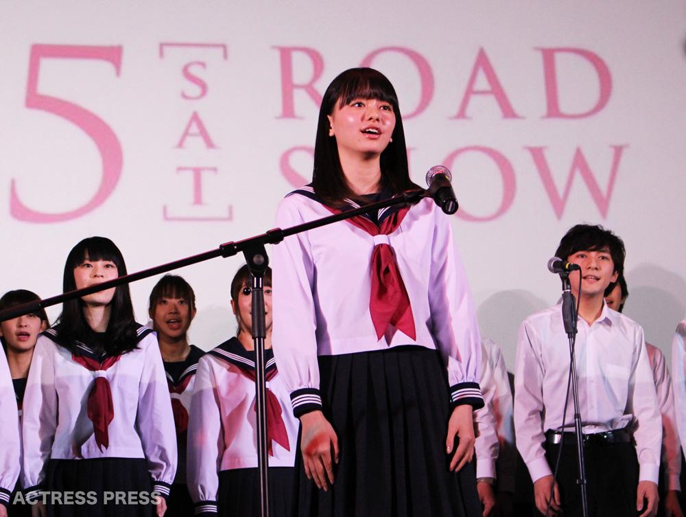 山本舞香 映画『桜ノ雨』合唱