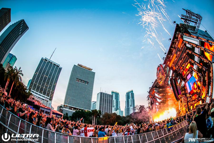 ULTRA MUSIC FESTIVAL (ウルトラ・ミュージック・フェスティバル・UMF) 2016
