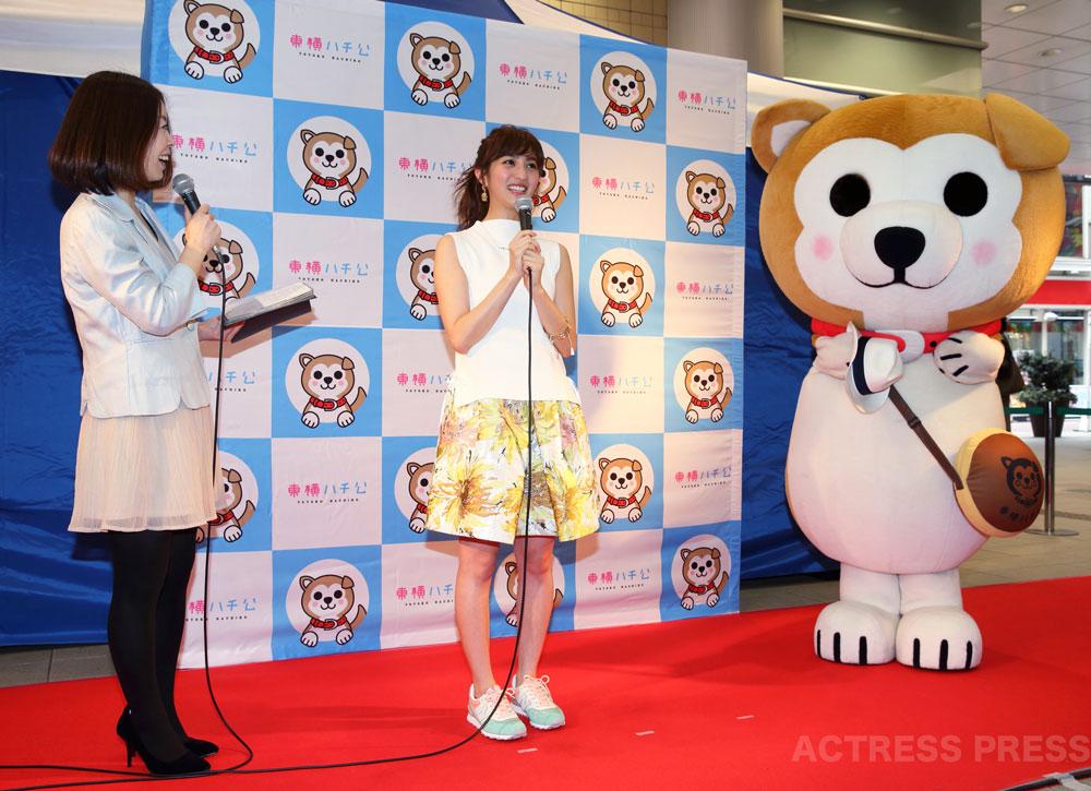 堀田茜、『東横ハチ公』デビュー2周年記念ファッションショー