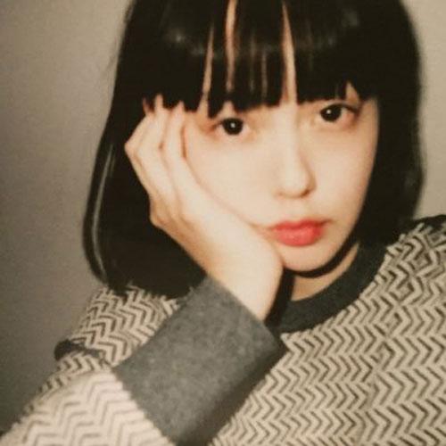 青柳文子(あおやぎ ふみこ)モデル・女優