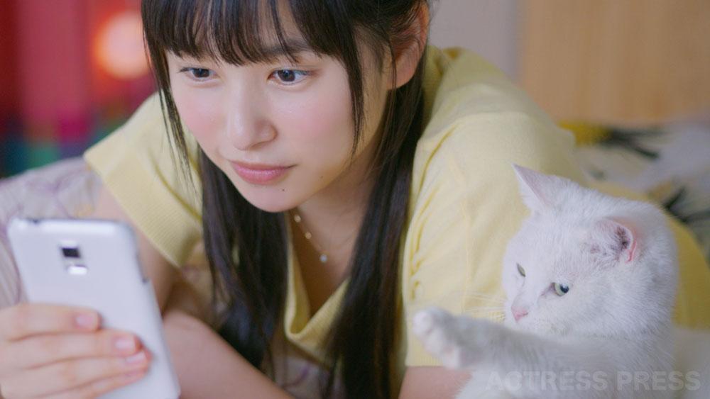桜井日奈子-白猫プロジェクトCM