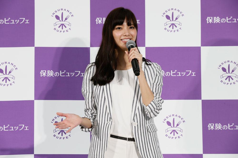 新川優愛・保険のビュッフェ レセプションパーティ