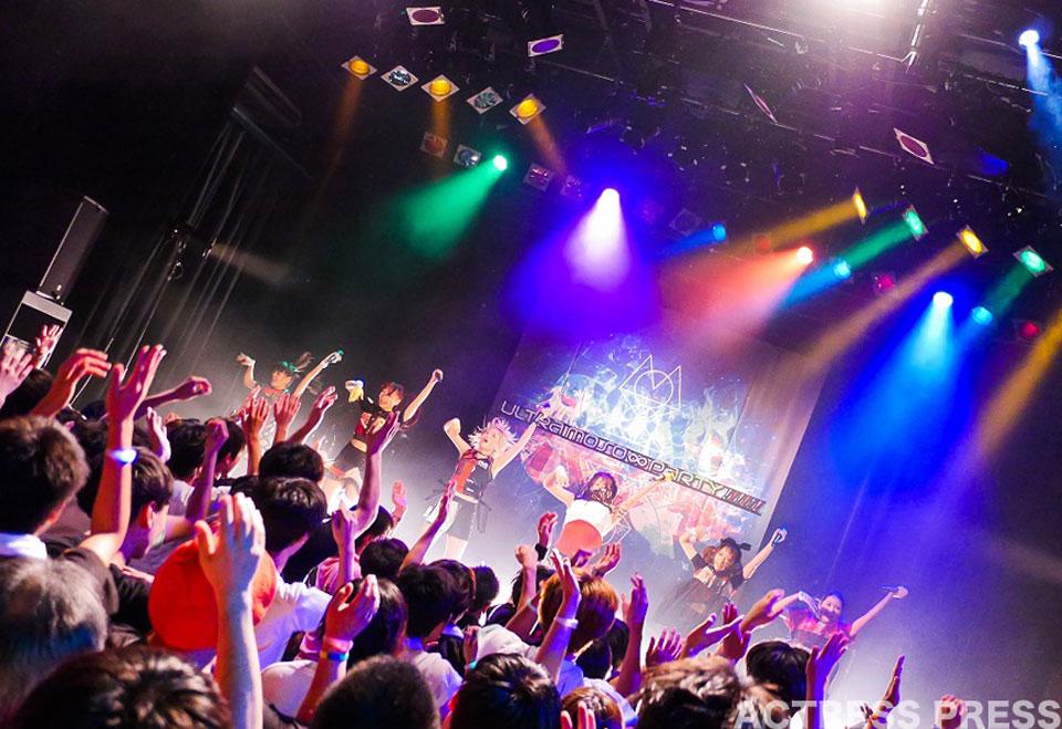 """妄想キャリブレーション LIVE TOUR 2016""""ULTRA MOSO ∞ PARTY!!!!!!"""""""