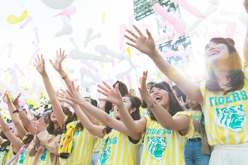 NMB48(山本彩・川上千尋・山本彩加・村瀬紗英・谷川愛梨・城恵理子)TORACO応援隊長