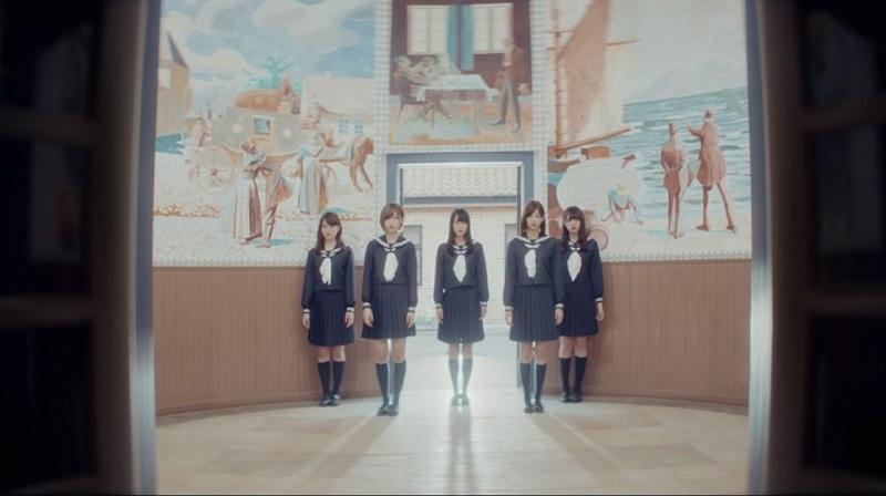 """欅坂46""""青空とMARRY"""" 割れたスマホ MV"""