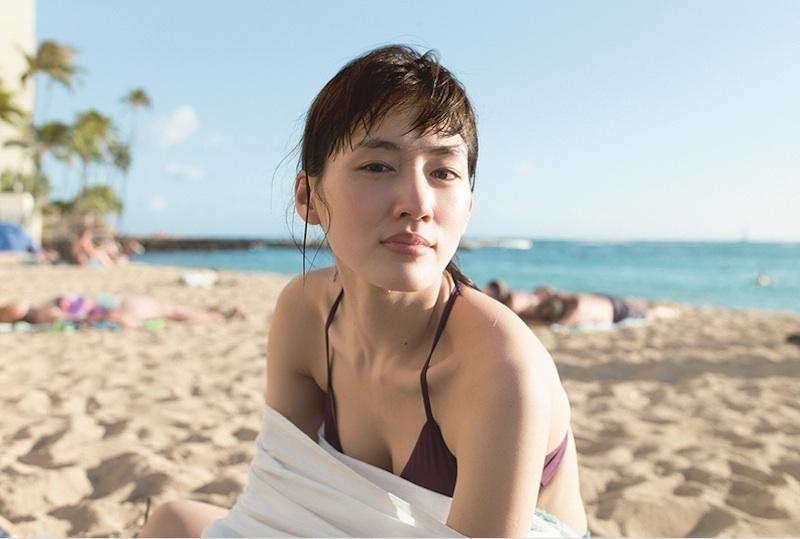 綾瀬はるか、ハワイの休日