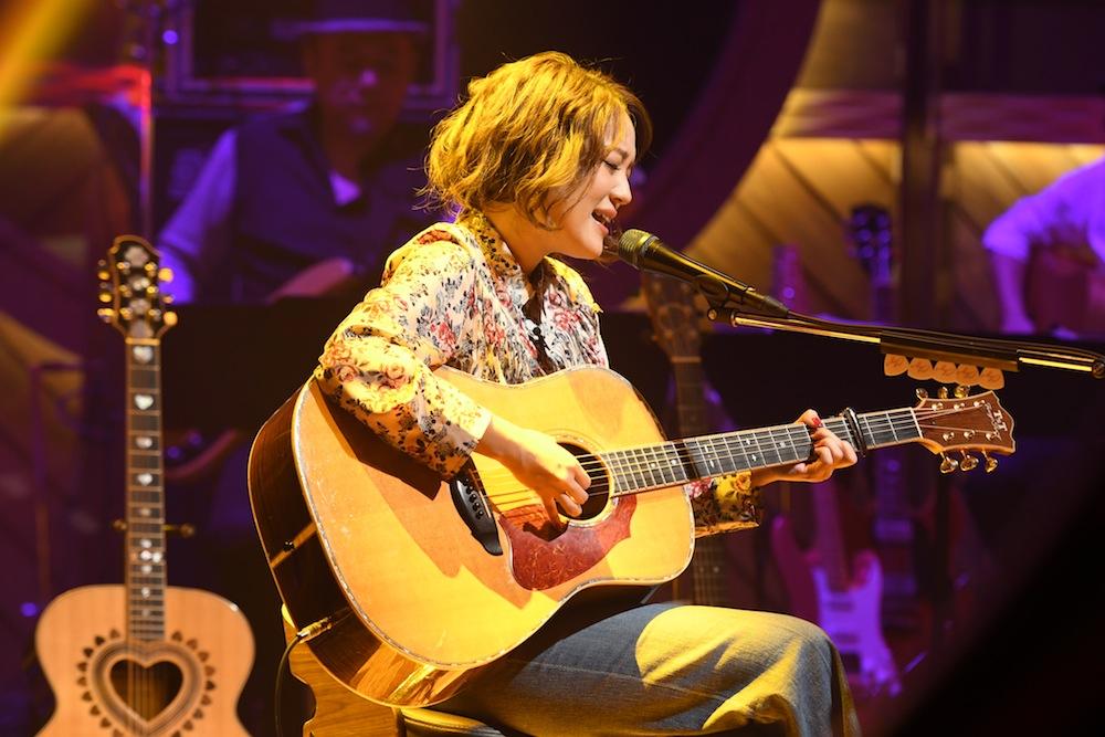 """chay・アコースティックギター BS-TBS『土曜スタジアム~Sound Inn """"S""""』"""