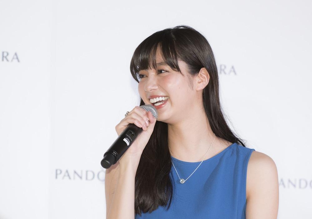 新川優愛・PANDORA