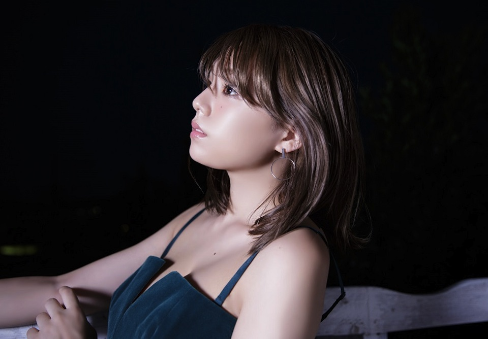 篠崎愛、3rdシングル「Floatin' Like The Moon」