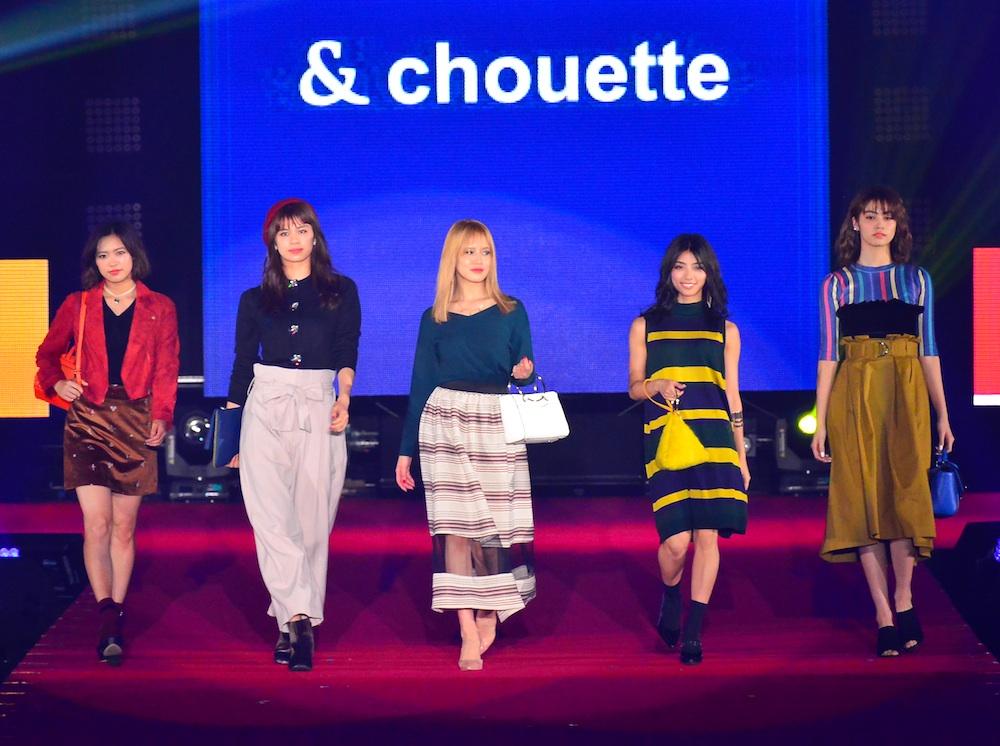 藤井夏恋、楓、佐藤晴美、SAYAKA、山口乃々華がモデルとして出演したバッグブランド「& chouette(アンド シュエット)