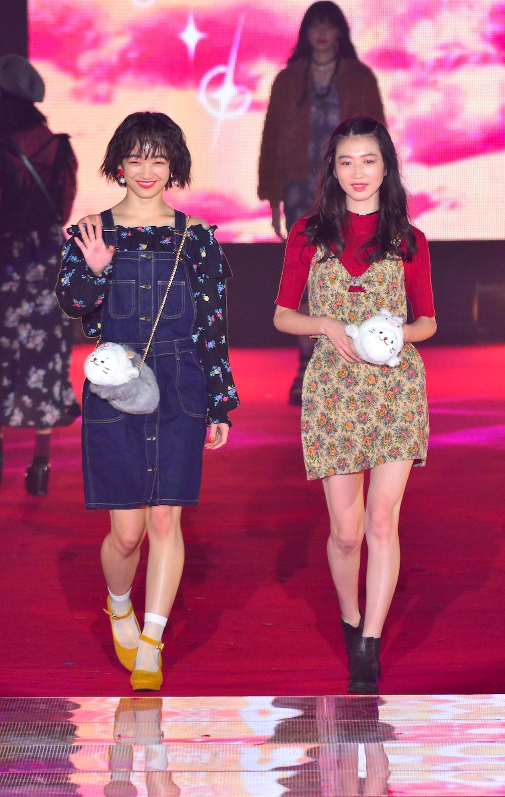 岡本夏美&下村実生 GirlsAward