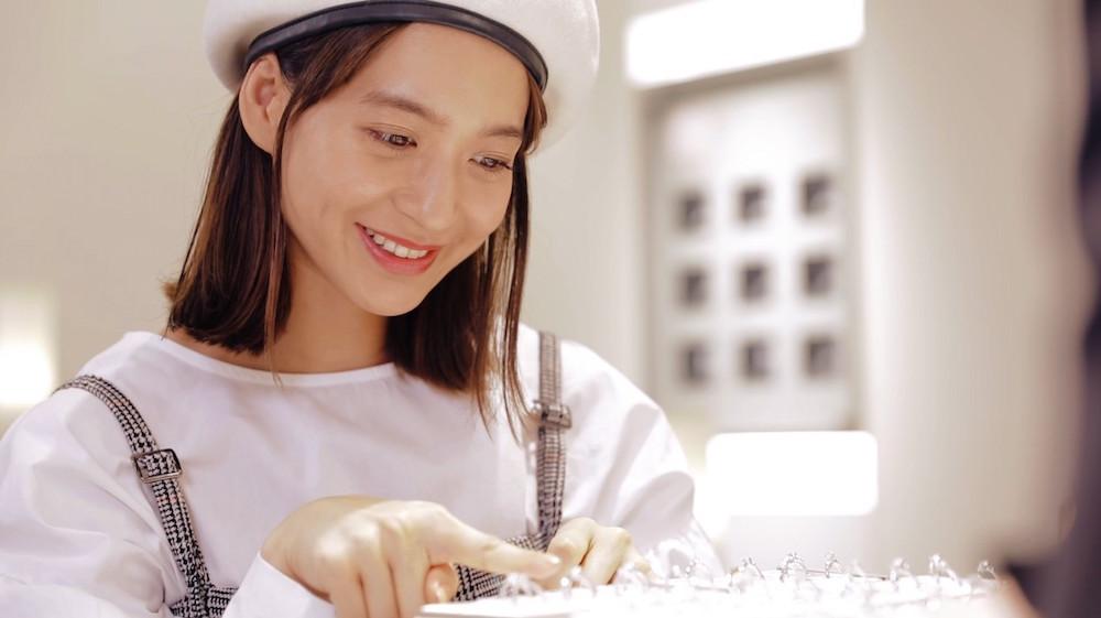 野崎萌香(モデル)