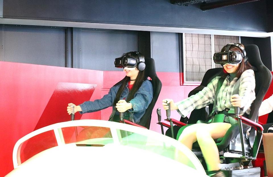 J☆Dee'Z、人生初のVRアトラクション体験