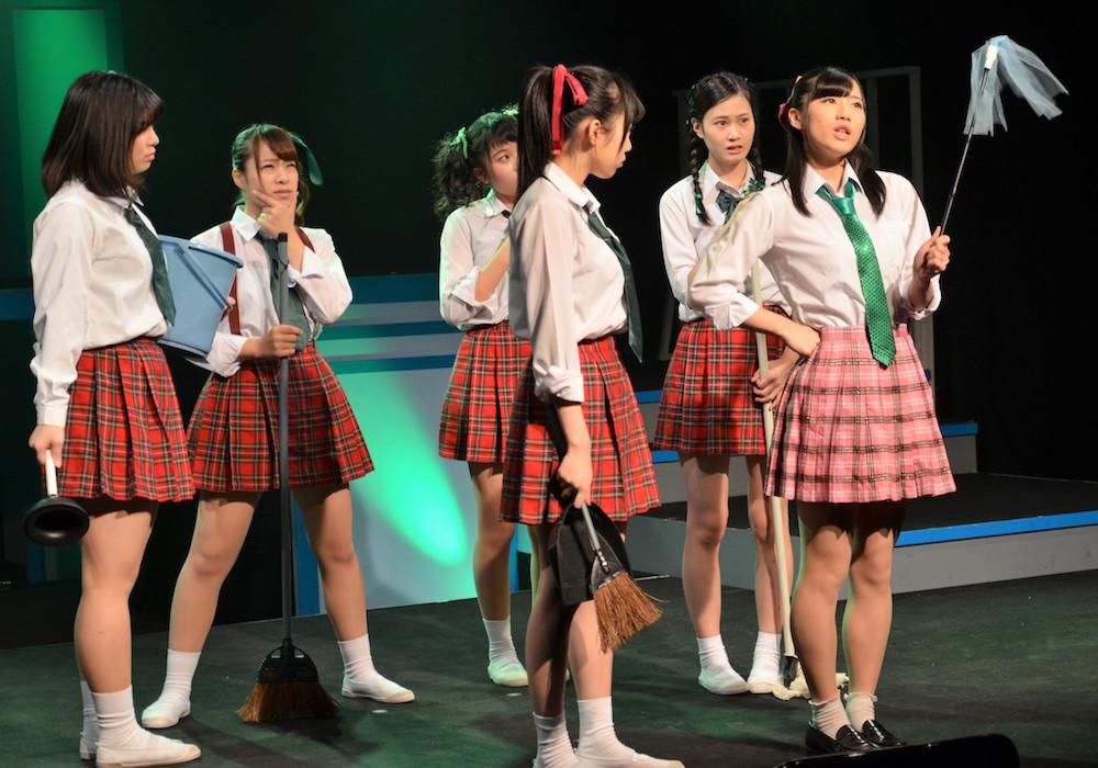 兵庫県姫路市PRアイドル「KRD8」、初舞台に挑戦