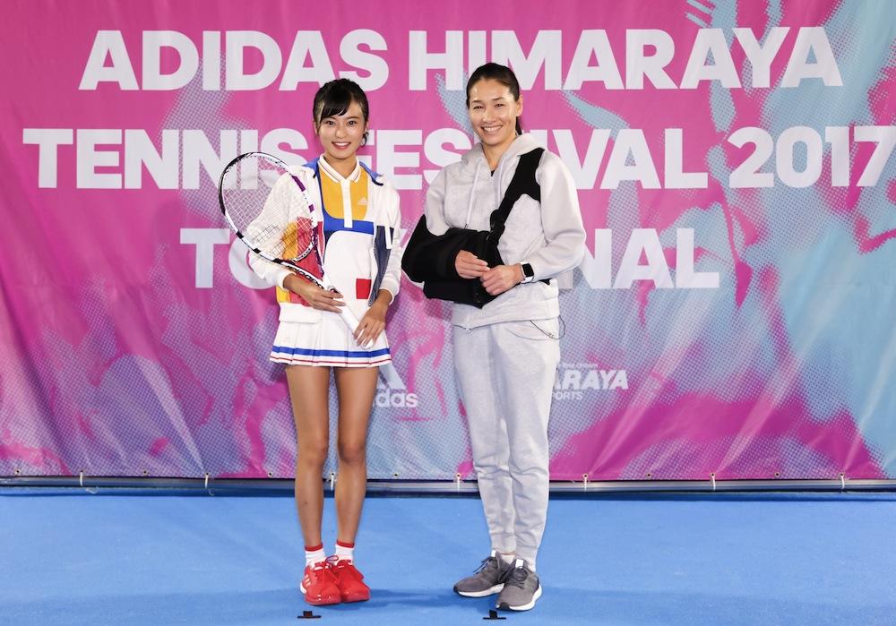 小島瑠璃子、テニスウェア姿でプロ選手とラリーチャレンジ!ADIDAS HIMARAYA TENNIS FESTIVAL 2017 TOKYO FINAL 伊達公子