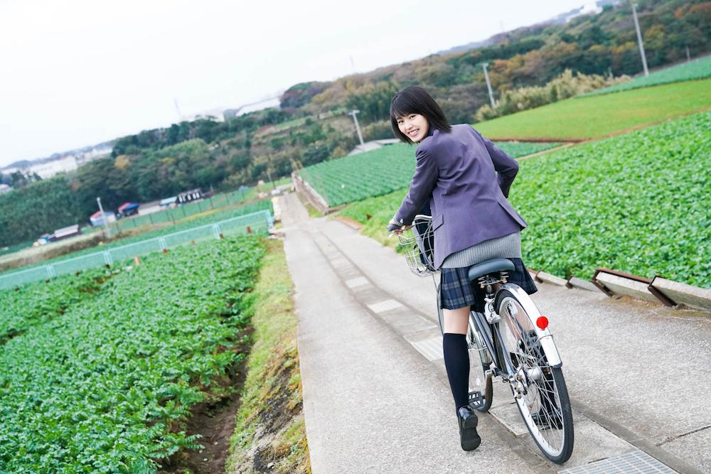 竹内愛紗カレンダー2018.04-2019.03 女優&自転車