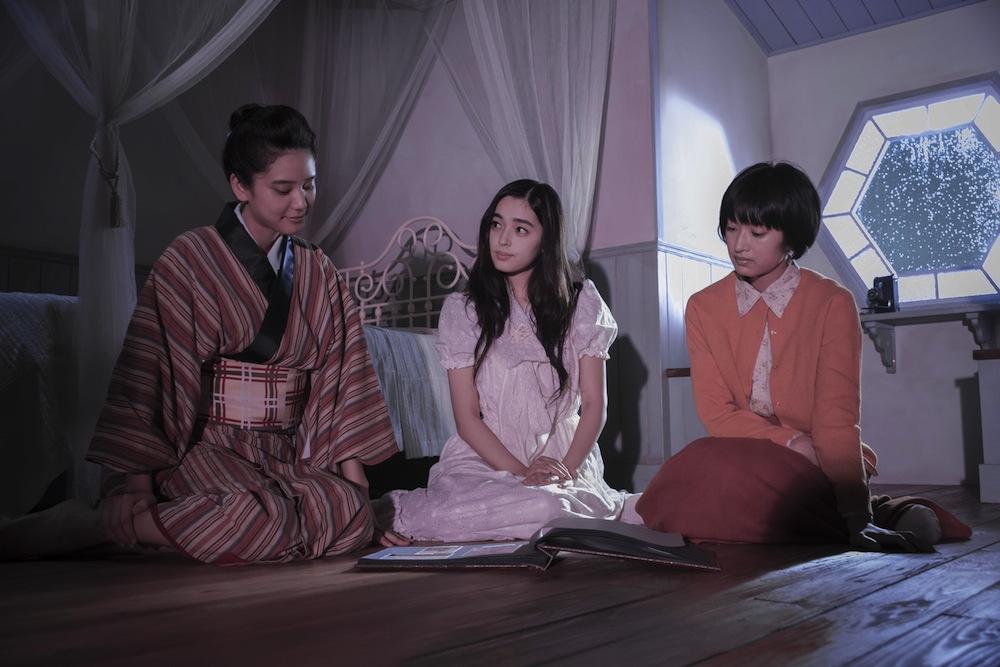 映画「花筐 HANAGATAMI」(門脇麦、矢作穂香)
