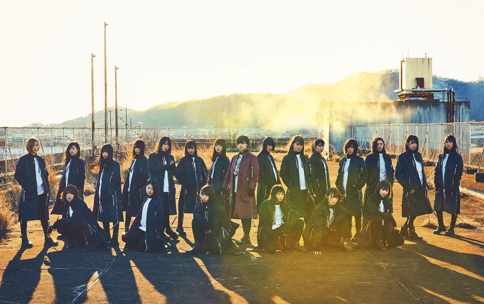 欅坂46、6thシングル「ガラスを割れ!」のアーティスト写真