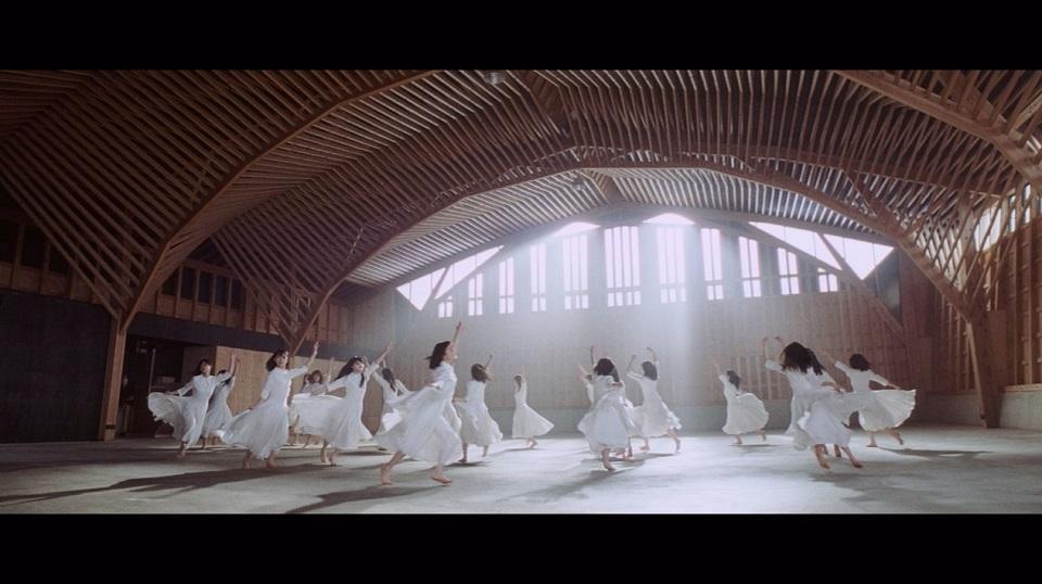 乃木坂46 『シンクロニシティ』MV