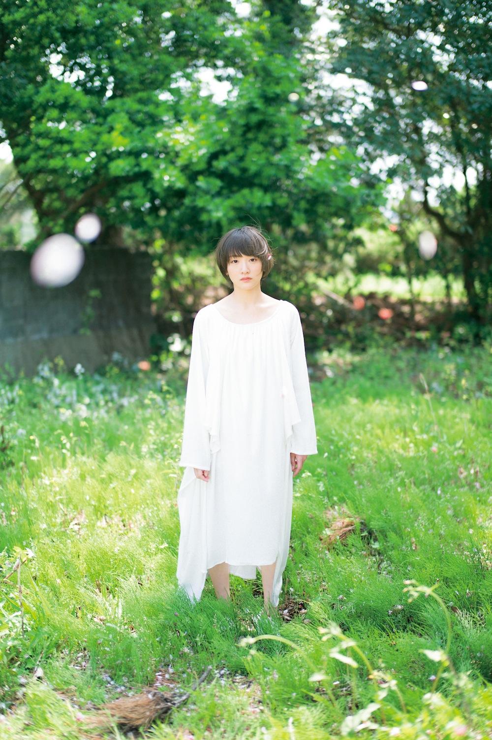 生駒里奈(乃木坂46)、「B.L.T.6月号」でラストグラビア披露