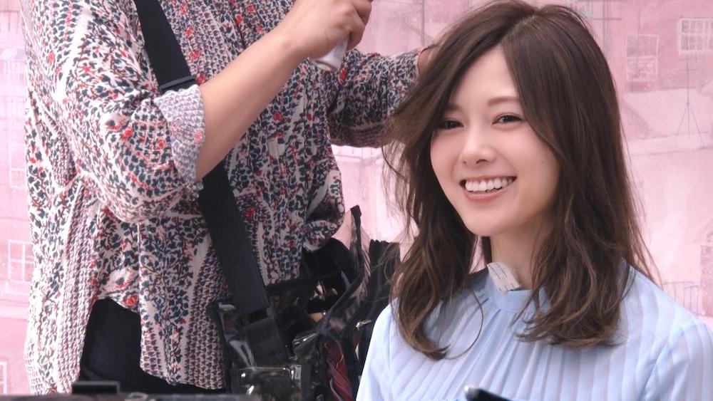 白石麻衣(乃木坂46)、爽やかな笑顔を披露!「カゴメ ラブレ」 (乳酸菌)新TV CM