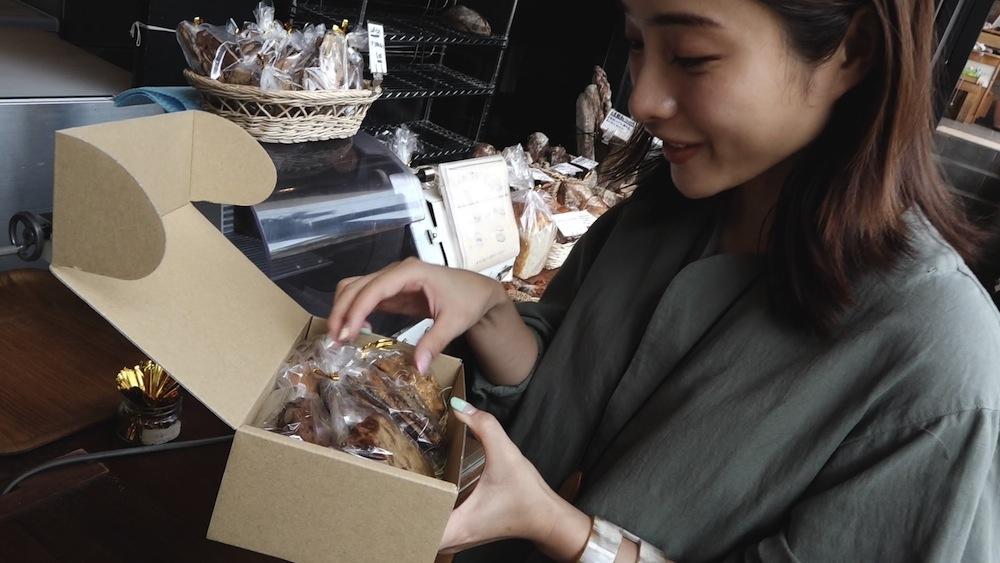 石原さとみ・challenge 240:ロッカーから野菜を買おう!