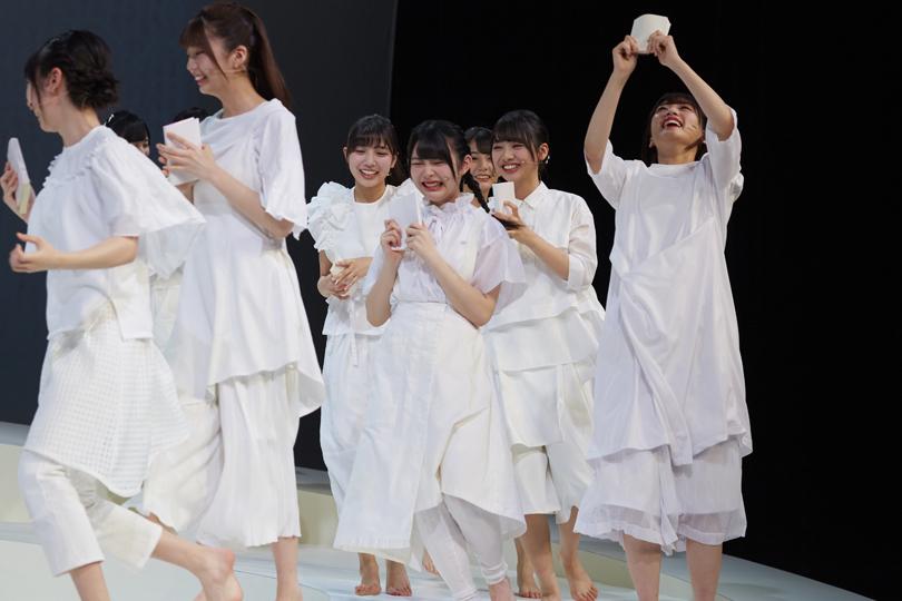 けやき坂46(ひらがなけやき)初の舞台公演「あゆみ」
