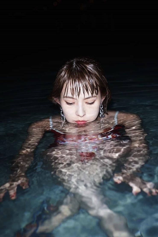 HARUNA(SCANDAL) ファースト写真集 「SOMEWHERE」