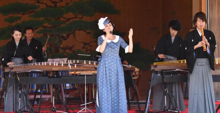 柴咲コウ・伊勢神宮で歌を奉納 (環境省・環境特別広報大使として)