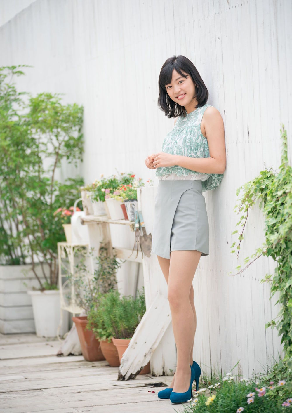 神田朝香/『女子大生キャスター大図鑑』(撮影・根本好伸/文藝春秋)より