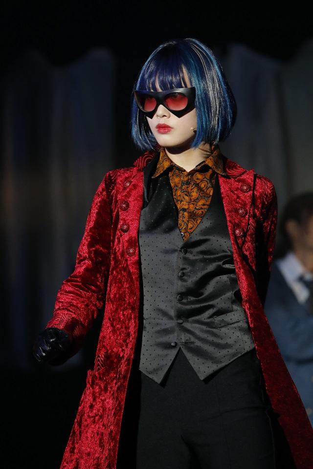 乃木坂46 伊藤純奈・けやき坂46 松田好花出演の舞台「七色いんこ」