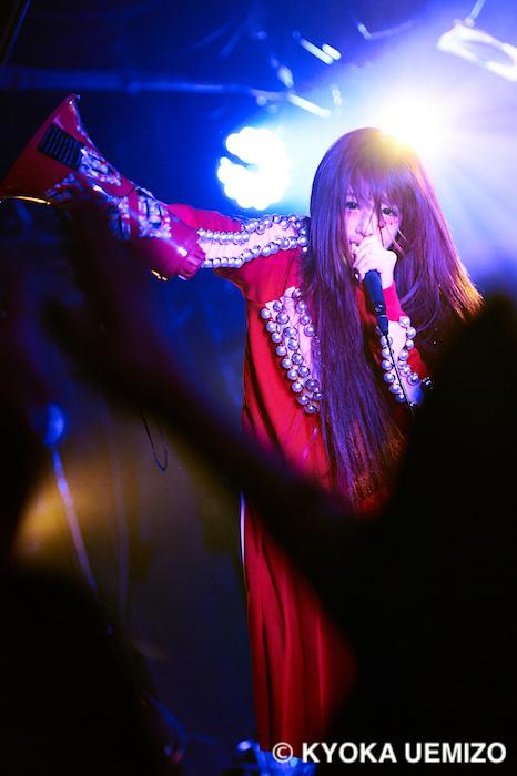 椎名ひかり/Shibuya eggmanにて開催のワンマンライブ「降誕祭2018」にて(2018年11月18日)