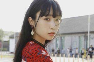 小林愛香(こばやし あいか)1st写真集「愛香」(『ラブライブ!サンシャイン!!』の津島善子役を務め、同作に登場するAqoursのメンバーとしても活躍)
