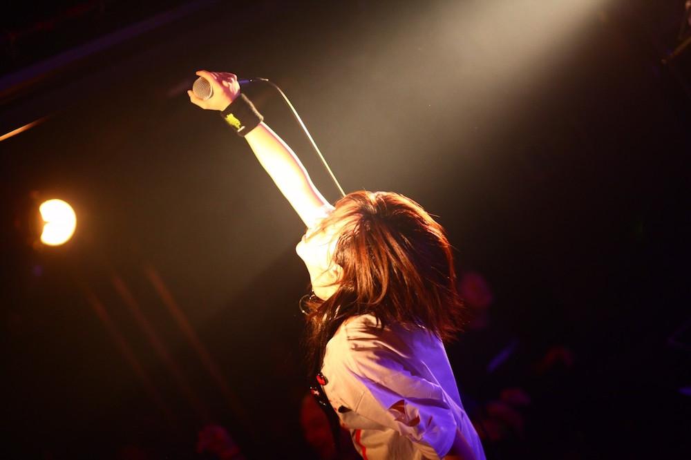 愛沢絢夏(ayaka aizawa/あいざわ あやか)Singer(歌手)LIVE(ライブ)