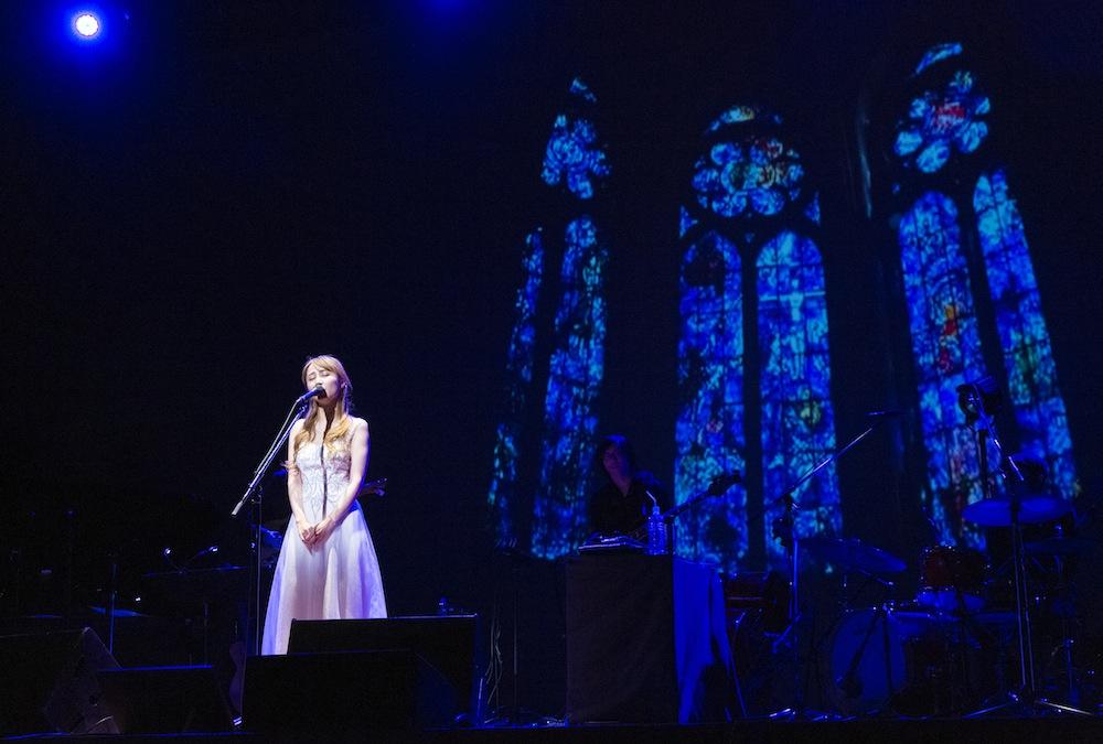 サラ・オレイン(Sarah Àlainn)/2018年12月16日(日)、 青葉の森公園芸術文化ホールで「J:COM presentsサラ・オレイン スペシャルコンサート」にて。