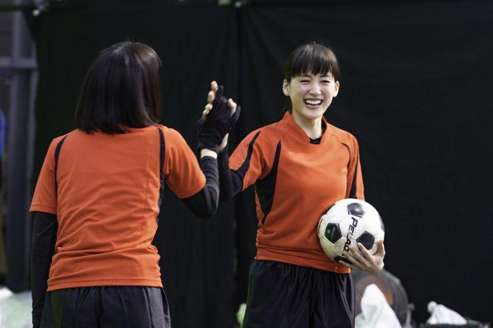 綾瀬はるか(女優)サッカー/コカ・コーラCM 2019年1月