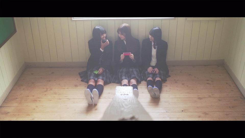 欅坂46・8thシングル「黒い羊」収録の特典映像より