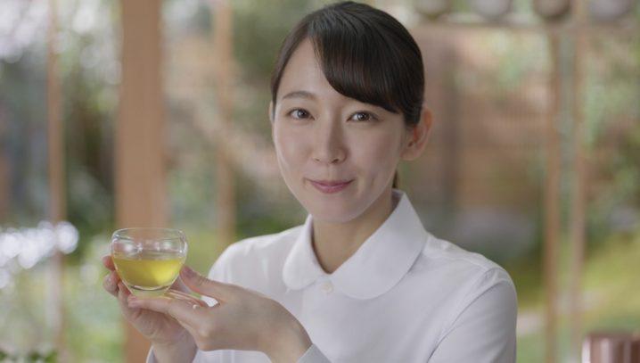 吉岡里帆/綾鷹 茶葉のあまみ CM
