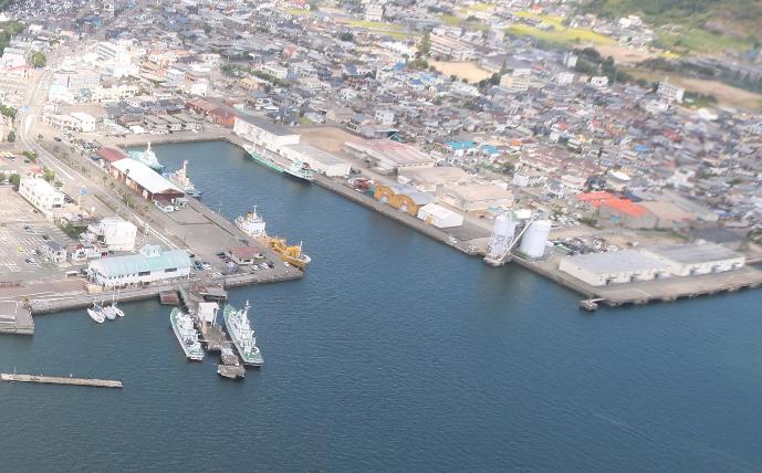 徳島県 徳島小松島港