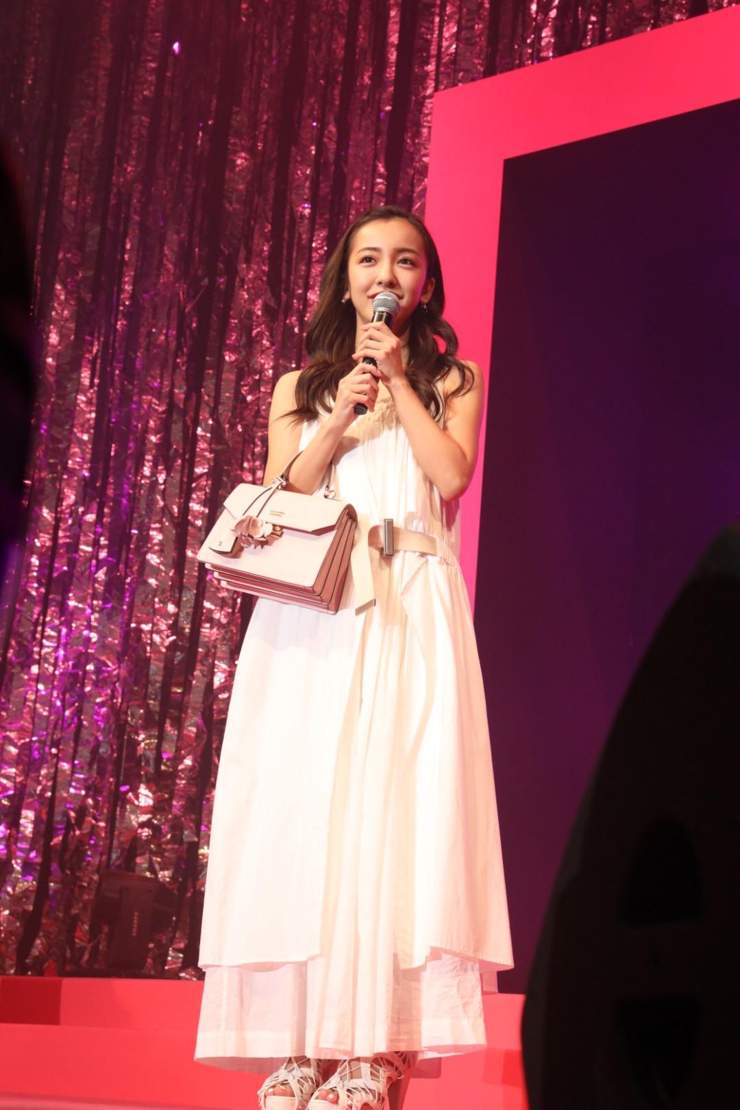 板野友美/『Samantha Thavasa 25周年キック・オフプレ発表会』イベントにて(2019年2月4日、渋谷ヒカリエホールA)