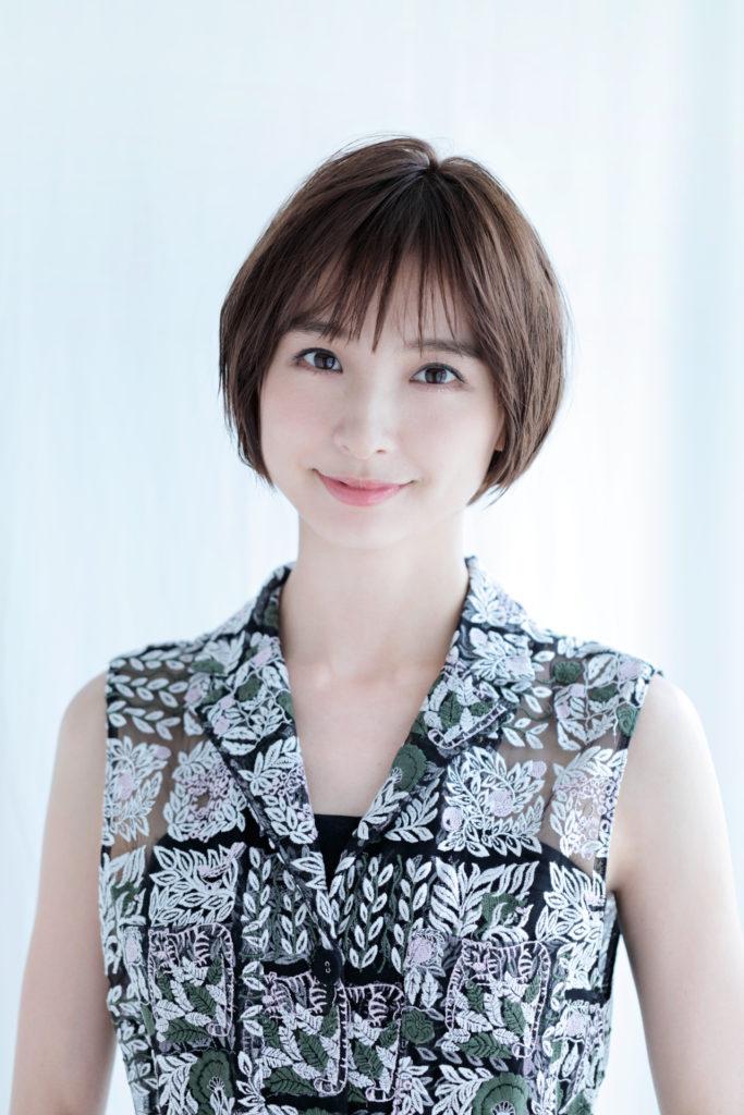 篠田麻里子(しのだ まりこ)